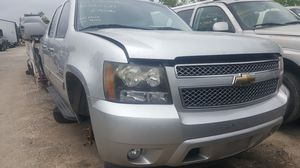 2011 Chevy Avalanche parts for sell for Sale in Houston, TX