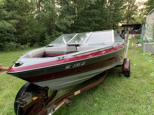 Maxum boat for Sale in Siler City, NC