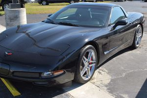 Chevy corvette 1998 $5.000 enganche for Sale in Houston, TX