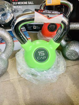 15 lb rubberized kettlebell for Sale in Davie, FL