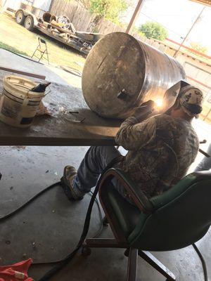 Se arreglan tanques de aluminio for Sale in Dallas, TX