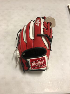 NEW Rawlings Gamer XLE Narrow Fit 11.75 Inch GXLE315-6WS Baseball Glove for Sale in Glendale, AZ