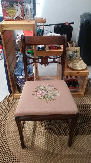 Great Condition Vintage old Chair all wood antique for Sale in Lake Worth, FL
