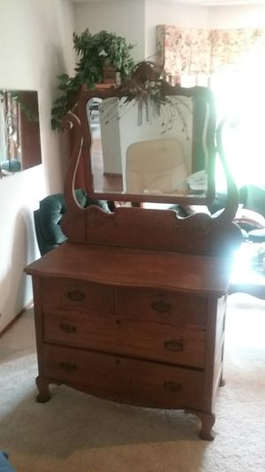 Antique Oak Dresser with Mirror for Sale in Edgewood, WA