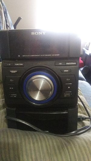 Sony EC909IP stereo with subwoofer for Sale in Fort Worth, TX
