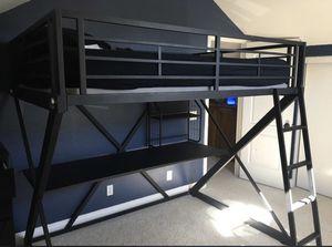 Desk Bunk Loft Bed for Sale in Harbison Canyon, CA