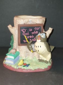 Disney Winnie the Pooh desk set series owl pen holder figurine for Sale in Hialeah,  FL