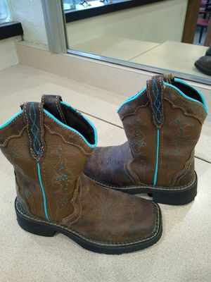 Cute Justin gypsy boots sz 11c girls bought at boot barn fcfs $25 for Sale in Patterson, CA