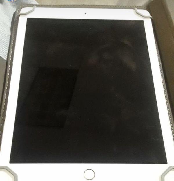 iPad Air unlocks everything works