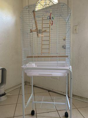 Jaula para pájaros for Sale in La Puente, CA