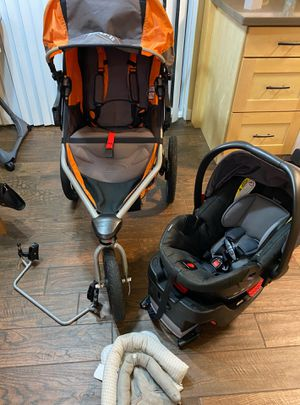 Bob stroller + Britax car seat for toddler + adapter for Sale in Bellevue, WA
