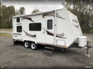 2009 Summit travel trailer 18 ft for Sale in Puyallup, WA