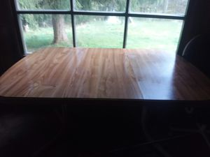Kitchen table and 4 chairs for Sale in Franklin, WV