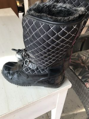 Girls snow boots for Sale in Fresno, CA
