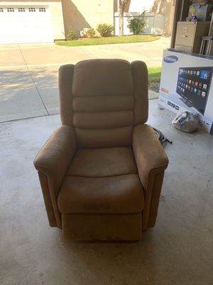 Electric reclinable sofa for Sale in Chula Vista, CA