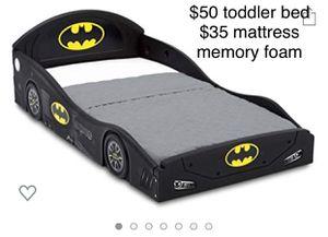 Toddler bed / cama para niño de Batman for Sale in San Leandro, CA