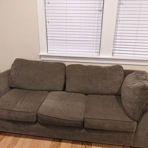 Couch 7' X 3' for Sale in Aurora, OR