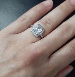Size 7 real silver white cz ring de plata for Sale in Houston, TX