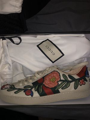 Gucci shoes for Sale in Philadelphia, PA