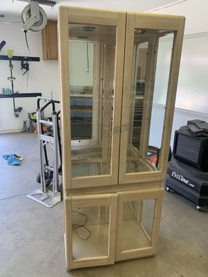 Display case for Sale in Bakersfield, CA