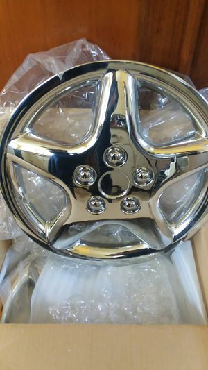 "Set Of 4 New Rim Covers K-T 870 15"" Standard 5 Spoke Silver for Sale in North Liberty, IN"