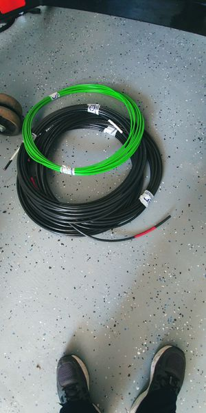 2 single strands 0f 100' 2 gauge wire and 1 strand of 100' 6 gauge green wire for Sale in Hesperia, CA