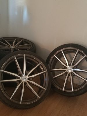 TIRES AND WHEELS 2 GETHER $#$ 700.00 for Sale in Tacoma, WA