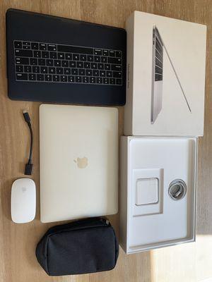 "2017 MacBook Pro 13"" retina, dual core i5, 256gb,super fast, like new for Sale in Chino Hills, CA"