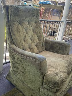 Chair for Sale in Los Angeles,  CA