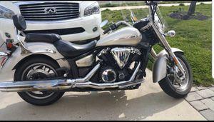 2009 Yamaha Vstar 1350 xl touring motorcycle for Sale in Bensalem, PA