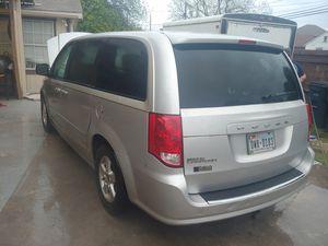 Dodhe caravan 2012 bad transmision for Sale in Fort Worth, TX