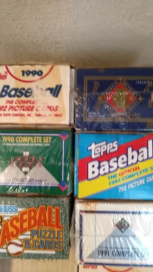 Baseball card sets for sell for Sale in Clarksville, IN