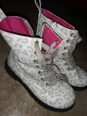 Girls boots for Sale in Gibsonton, FL