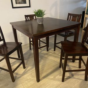 Counter height dining table 4chairs for Sale in Vancouver, WA