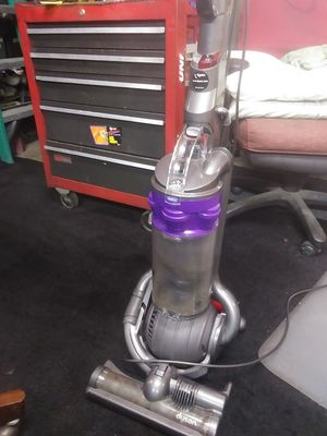 Dyson vacum for Sale in Buena Park, CA