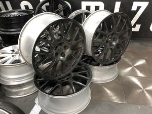"""Rims 21"""" Black or any color you wanna paint them for Sale in Houston, TX"""