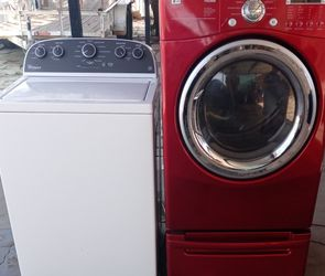 Whirlpool Washer And Electric LG Dryer for Sale in Laveen Village,  AZ