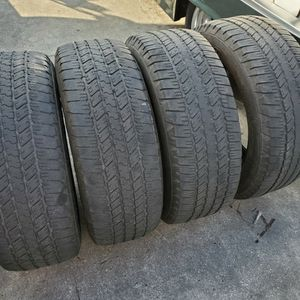 (4) 275/55r20 Goodyear Tires 275 55 20 Inch for Sale in Port St. Lucie, FL