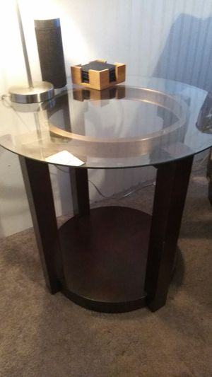 Matching side table for Sale in Henderson, KY