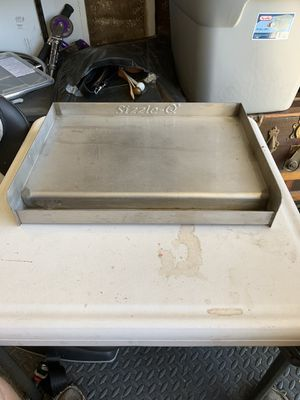 Sizzle -Q stainless bbq grill for Sale in Yorba Linda, CA