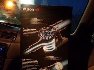 Dyson V8 Animal for Sale in Lake Stevens, WA