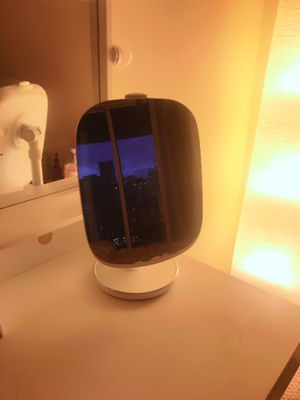 HiMiror Mini 16G - smart lighted Makeup miror for Sale in Miami, FL