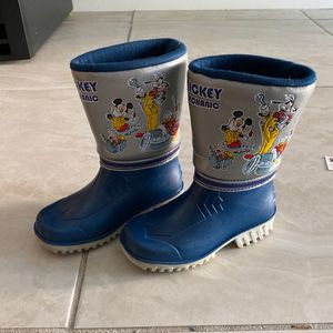 Mickey Mouse Rain Boots For Boys- Size 8 Toddler for Sale in Miami, FL