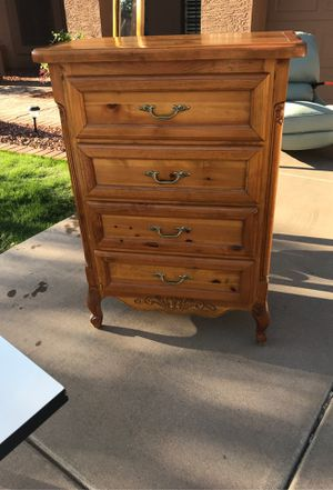 Beautiful All wood bedroom set for Sale in Gilbert, AZ