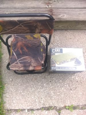 Camo air mattress chair/ cooler for Sale in Lansing, IL