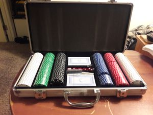 Texas Hold'em cards dice gambling set with chips new condition for Sale for sale  Woodstock, GA