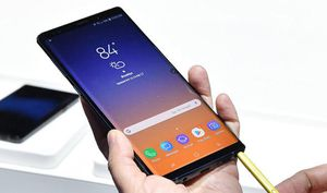 Samsung galaxy note 9 *Factory unlocked *like new *30 days warranty for Sale in Springfield, VA