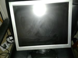 Computer monitor for Sale in Jacksonville, FL