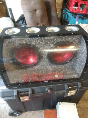 Dub 10inch subs & box for Sale in Tacoma, WA