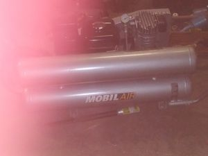 8 gallon double tank air compressor with Honda motor new for Sale in Fresno, CA